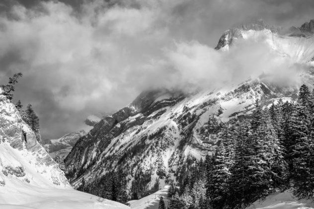 The Diablerets alpine region in Switzerland in winter, featuring the Schluchhorn. Alpine winter paradise - Copyright Johan Peijnenburg - NiO Photography